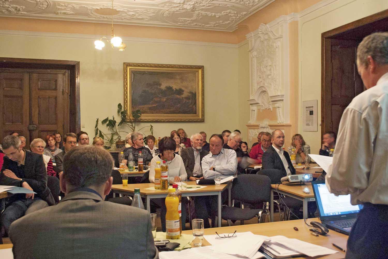 Gründungsversammlung des Schloss Ostrau e.V. am 16.10.2014, Foto: Claus Gienke