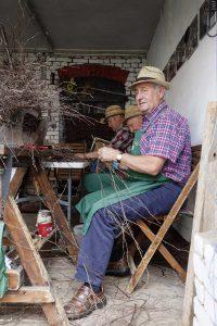 Die Besenbinder von Hainrode, © behnelux gestaltung