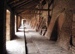 Der Zugang zu den Brennkammern © Hundisburger Baustoffmanufaktur