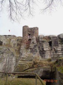 Der Bergfried der Burg und Festung Regenstein bei Blankenburg  ©Gerd Srocke