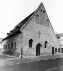 Kirche des Hospitals zum Heiligen Geist in Calbe, in das Wallenstein seine Kranken legen ließ. Max Pietzner um 1930, Repro H. D. Steinmetz