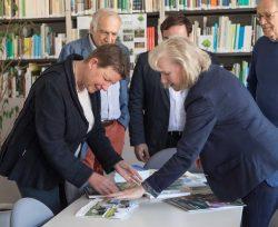 Claudia Dalbert zu Besuch beim Landesheimatbund; Foto: Matthias Behne