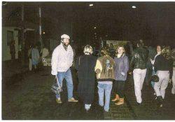 Konrad Breitenborn  in der Nacht vom 9. zum 10. November 1989 am Berliner  Grenzübergang Bornholmer Straße auf Westberliner Seite, Foto: privat