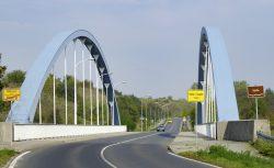 Ortsschild Halle (Saale) an der Röpziger Brücke. Foto: Martin Beitz