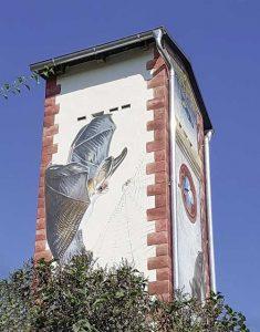 Der neu gestaltete Trafoturm in Zellewitz. Foto: Johanna Majchrzak