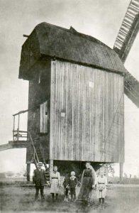 Bild 6: Susigker Jungfernmühle. Heimatmuseum der  Stadt Aken.