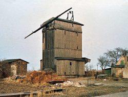 Bild 9: Die Mühle im März 1984, bereits ohne Inneneinrichtung; Foto: T. Neitzel