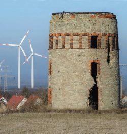Bild 9: Könnern Turmwindmühlenruine 2017; H. Bergmann, Köthen