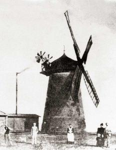 Bild 5: Ferchland, Turmwindmühle um 1914; Slg. H. Riedel, Zeitz