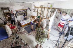 Bei den Dreharbeiten in Hohendodeleben. Foto: Matthias Behne