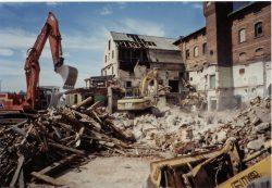 Bild 12 Teilabriss im Jahre 2000. Foto: Rudi Conrad.