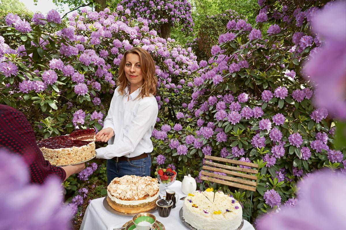 Annegret Spillner verbindet im Kavaliershaus im Schlosspark Krumke Kulinarik und Kultur. IMG Sachsen-Anhalt. Foto: Edgar Rodtmann.