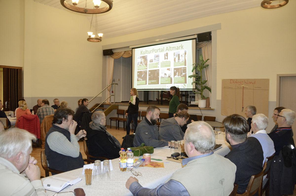 Vernetzungstreffen am 13.11.2018 in Kalbe (Milde), Dorfgemeinschaftshaus Vahrholz. Foto: Ulrike Dietrich