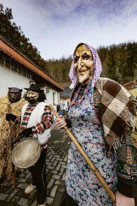 Hexe, Führer und Erbsbär. Foto: Matthias Behne