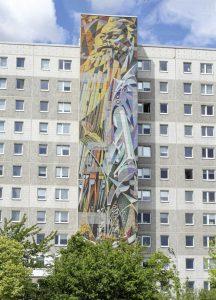 """Wandgestaltung von Josep Renau: """"Die von Menschen beherrschten Kräfte von Natur und Technik"""", Halle-Neustadt, Majolika-Malerei auf Steinzeugfliesen, 1971 –74. Foto: C. Schlott"""